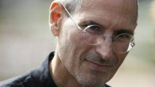 Gambar cover Steve Jobs Dead at 56: Apple Founder Resigns for Health Reasons, Fans Mourn Around World