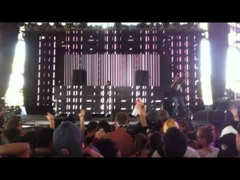 Caspa ft. Rod Azlan LIVE @ Coachella 2011
