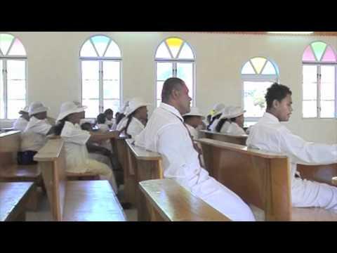 On a samoan bus! Holy Mass in Tafitoala - Western Samoa