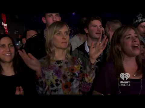 Kelly Clarkson - Heartbeat Song (Live on iHeartRadio Album Release Party)