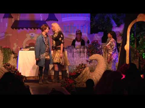 """Axel Fischer - #Amsterdam (Offizieller Videoclip """"Traum von Amsterdam"""") von YouTube · Dauer:  4 Minuten 1 Sekunden"""
