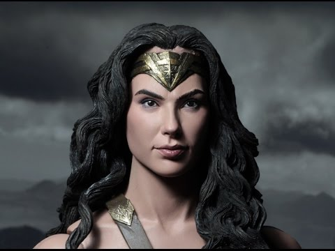 PREVIEW Wonder Woman 1/4 Scale Figure by...