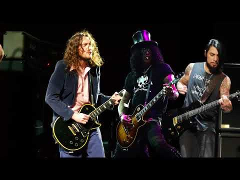 When Frusciante gave a Les Paul to Dave Navarro