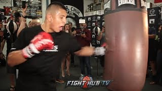 JAIME MUNGUIA IS A BEAST! WRECKS THE HEAVY BAG WITH BIG POWER DURING BOXING WORKOUT!