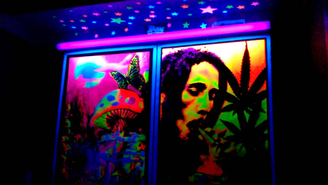 Blacklight Posters And Stars