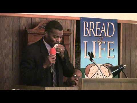 20 Elder W. Steven Williams Of Foursquare Gospel at Bread Of Life Cogic.