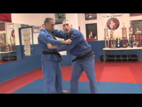 How to do a head and arm throw - Judo Lessons