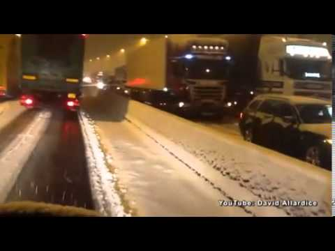 Drivers stranded on busy M6 motorway after blizzard - but not everyone was happy to sit it out