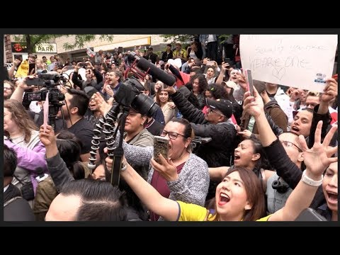 THE MARIACHIS ARRIVE! Latin Party At Racist Lawyer Aaron Schlossberg's House 5/18/18
