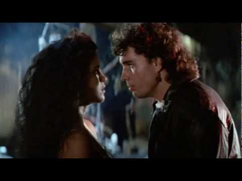 OS GAROTOS PERDIDOS (The Lost Boys, 1987) † Trailer