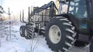 Kronos 160 4WDM forestry trailer & Kronos 6020 forestry loader