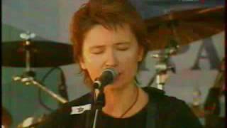 Диана Арбенина - Холмы (2005)(Акустическое выступление Дианы Арбениной на рок-фестивале