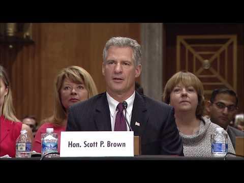Senator Markey Introduces Senator Scott P. Brown
