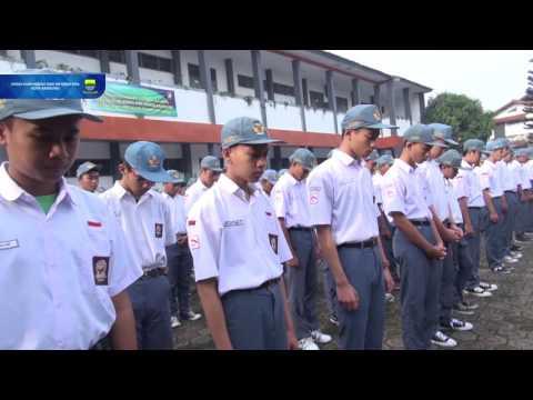 161121 Menjadi Pembina Upacara di SMKN 8 Kota Bandung