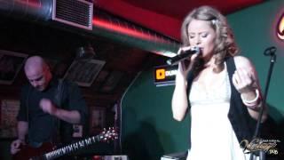 Concert Anya in Vintage Pub