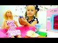 Пельмени 🍴 готовим вместе🍴 с #Барби и подружкой Машей 👯 Видео для девочек
