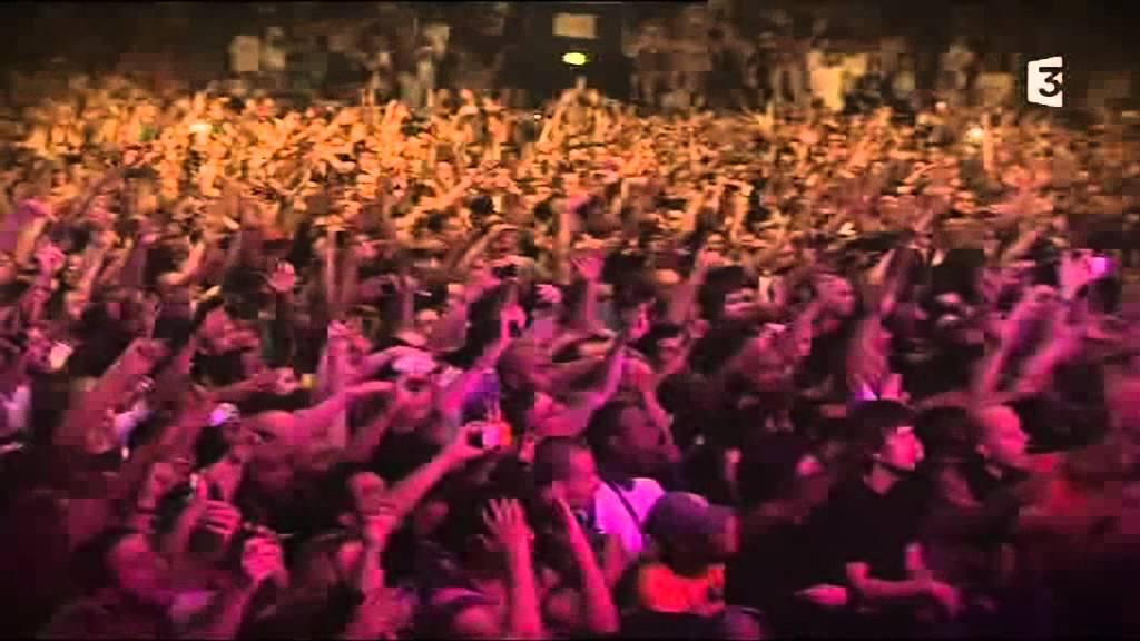 Download Snoop Dogg - Drop It Like It's Hot - Paris Zénith 2011