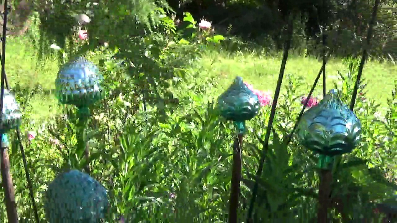 Traumgarten  Traumgarten-Rundgang bei der Kräuterfee Elisabeth Mayer - YouTube