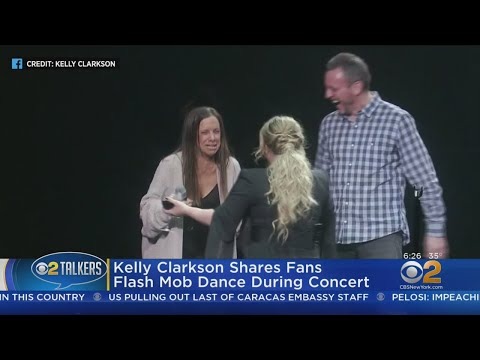 Carolyn McArdle - Kelly Clarkson Gives AWESOME Surprise To Super Fan!