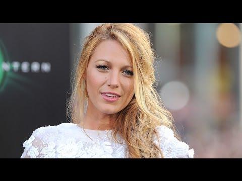 The World's Top 20 Beautiful Women of Maxim's 2012