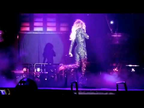 Beyoncé Drunk In Love At The Mrs Carter Tour (DVDEDIT)