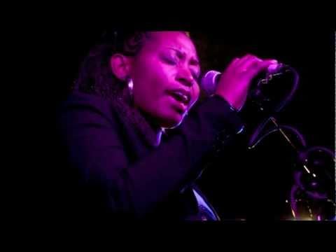 Challenge Camerounais  2011 Myra Maimoh promo