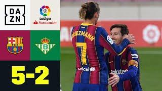Messi zeigt Griezmann wie man Elfmeter schießt: Barcelona - Real Betis 5:2 | LaLiga | DAZN
