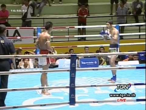 Professional Muay Thai Boxing from Lumphinee Stadium in Bangkok, Thailand - 2014.03.22