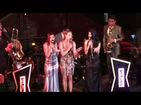 Andrews Sisters & Christina Aguilera - Boogie Woogie Bugle Candyman