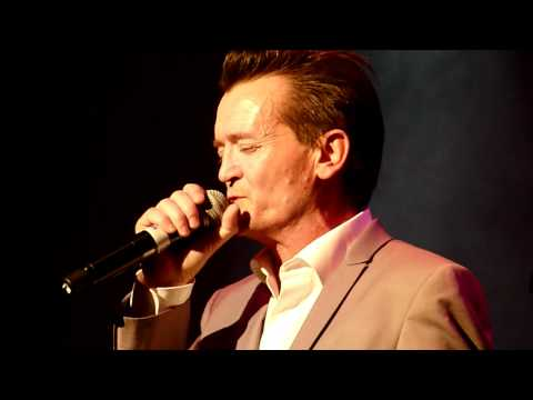 The Assembly (Feargal Sharkey) - Never Never, Live @ Roundhouse, Camden, London