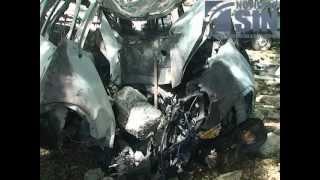 Repeat youtube video Cuatro personas mueren calcinadas en un accidente en Santiago