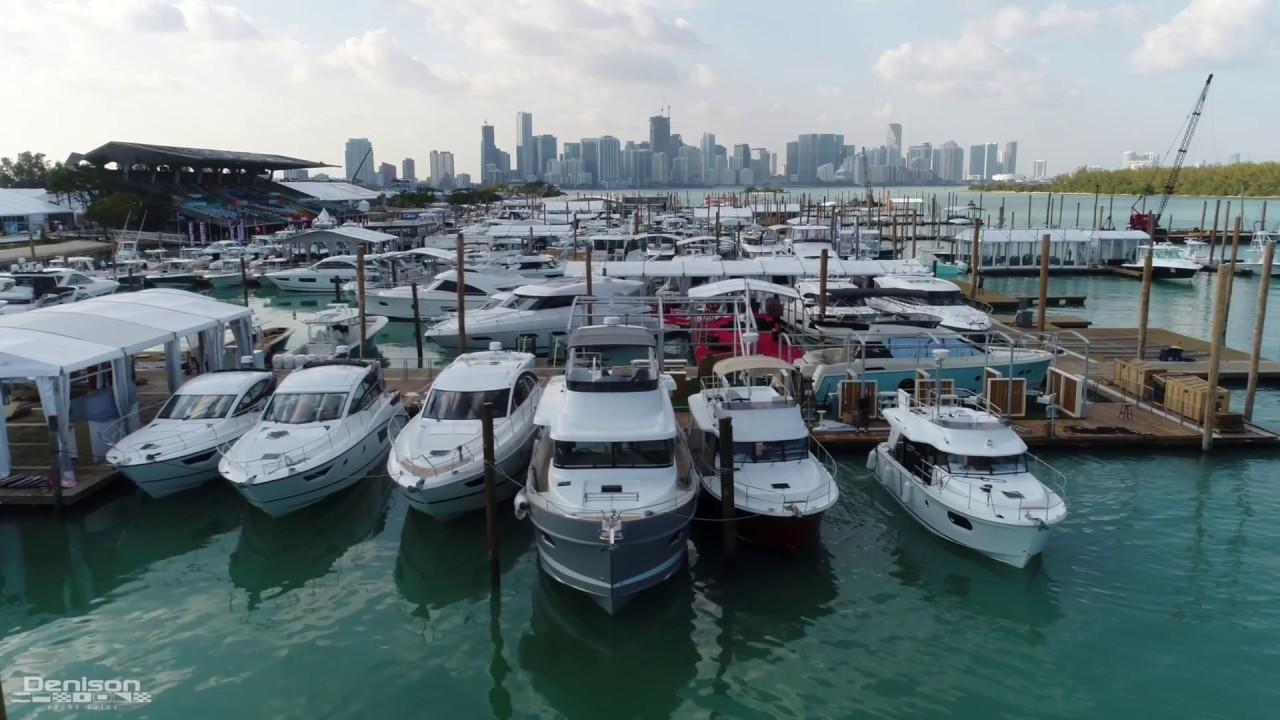 2017 Miami Boat Show Yachts Beach