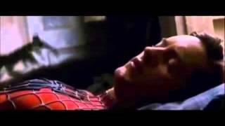 Человек-паук с музыкой (не помню) и слабость венома