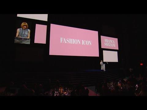 2017 CFDA FASHION AWARDS: Francesco Carrozzini Accepts Fashion Icon Award