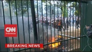 Ricuh! Massa Putih Abu-abu Dengan Polisi di Luar Gedung DPR RI