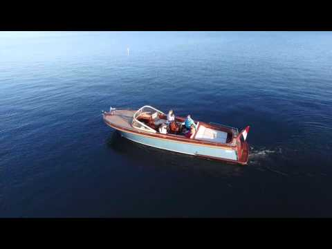 Beaver Picnic Yacht in 4K video resolution.  FOR SALE in Seattle