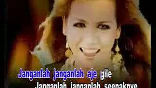 Yasinta ( x Duo Mojang ) with Nita talia