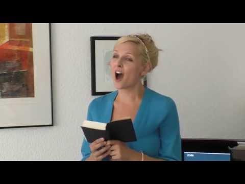 Claudia Zielke performing Ave Maria