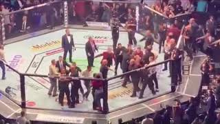 McGregor vs Khabib - Khabib jump out the ring