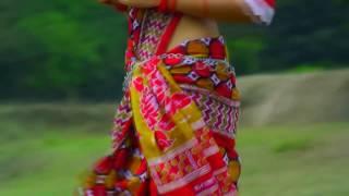 Bangla dans এই তুমি সেই তুমি