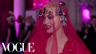 Katy Perry on Her Avant-Garde Met Gala Dress | Met Gala 2017