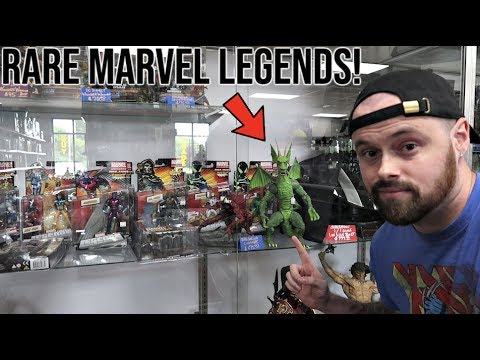 TOY HUNTING  RARE MARVEL LEGENDS FOUND! FUNKO POP HUNTING FOR TARGET AD ICONS! NEW HOT TOY!