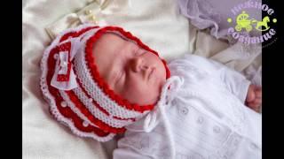 Шапочка и пинетки. Комплект для новорожденной девочки