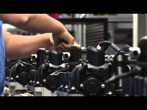 fabrication moteur 4 cylindres bmw youtube. Black Bedroom Furniture Sets. Home Design Ideas