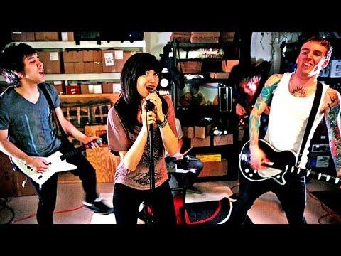We The Kings Greatest Hits Medley - Skyway Avenue (Garage Scene)