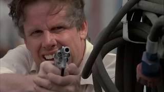 Убийство Напарника ... отрывок из фильма (На Гребне Волны/Point Break)1991