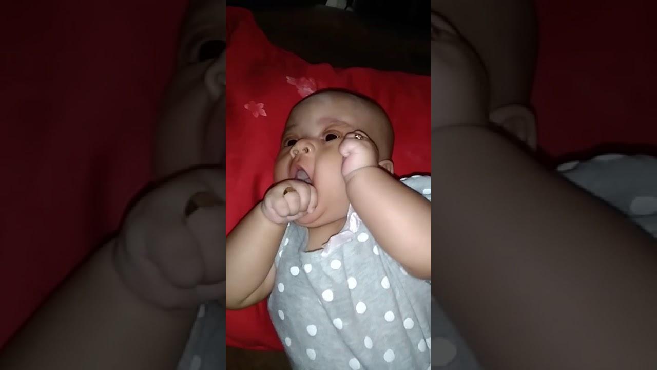 Bayi yg imut dan lucu - YouTube