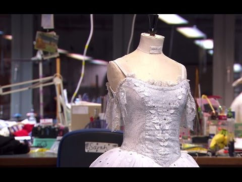 The Nutcracker: Behind the scenes preparations (The Royal Ballet)