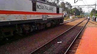 RPM WAP7 Chennai-Trivandrum Mail quits Tiruvalla