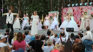 Парад невест в день семьи.💖Песня с участием невест.